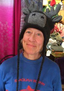 ak-me in moose hat2